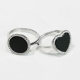 Anello in argento con agata e zirconi1