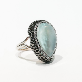 Anello perla piatta e zirconi1